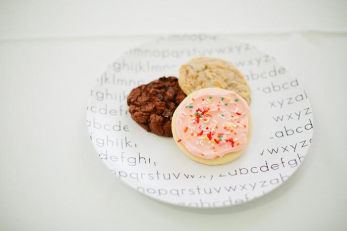 Custom Dylbug Plates & Sprinkle & Dash Cookies