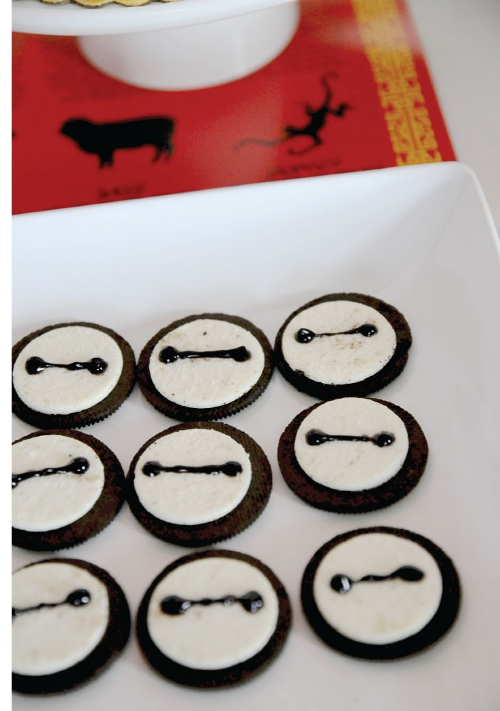 Big Hero 6 Party: Baymax Oreos