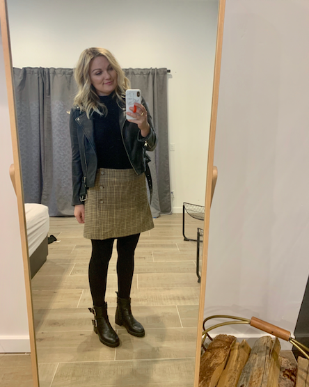 29b6e92a 11.28 – Family Picture Outfit Details!