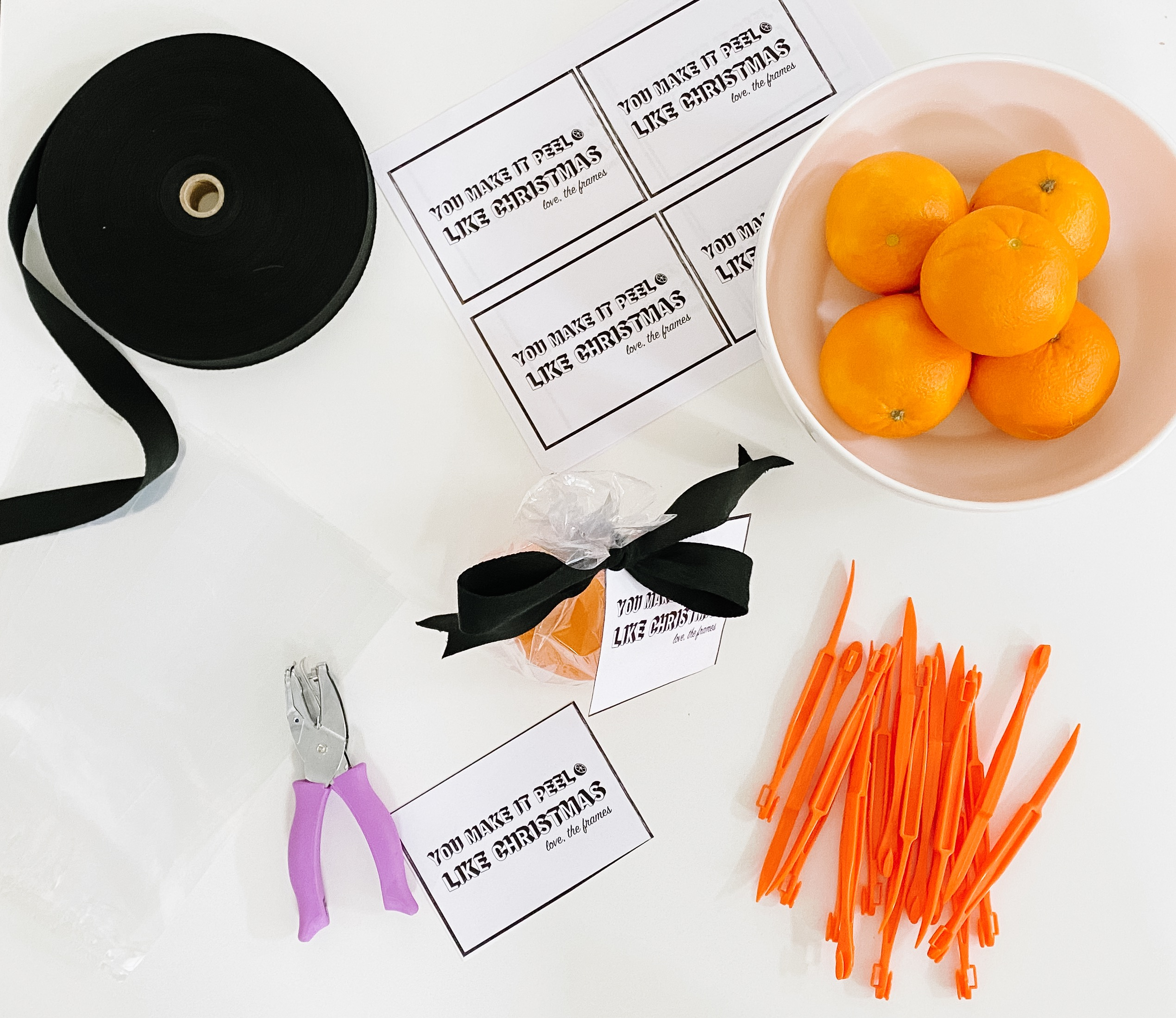 $1 Neighbor Gift Idea | Orange Peeler Neighbor Gift